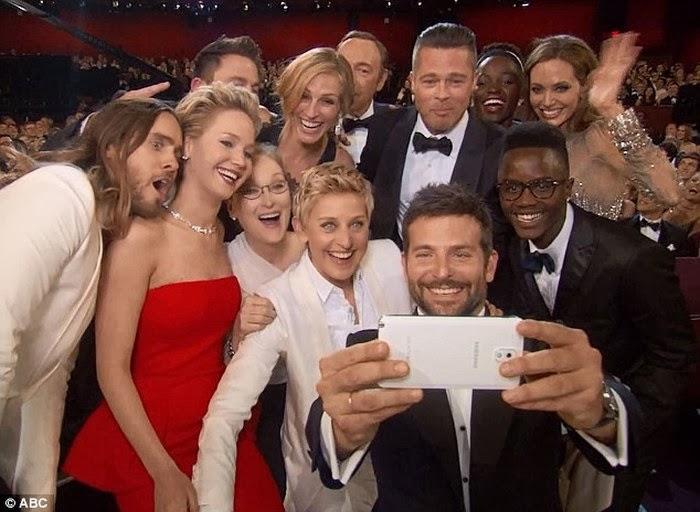 selfie_twitter_Ellen_Degeneres